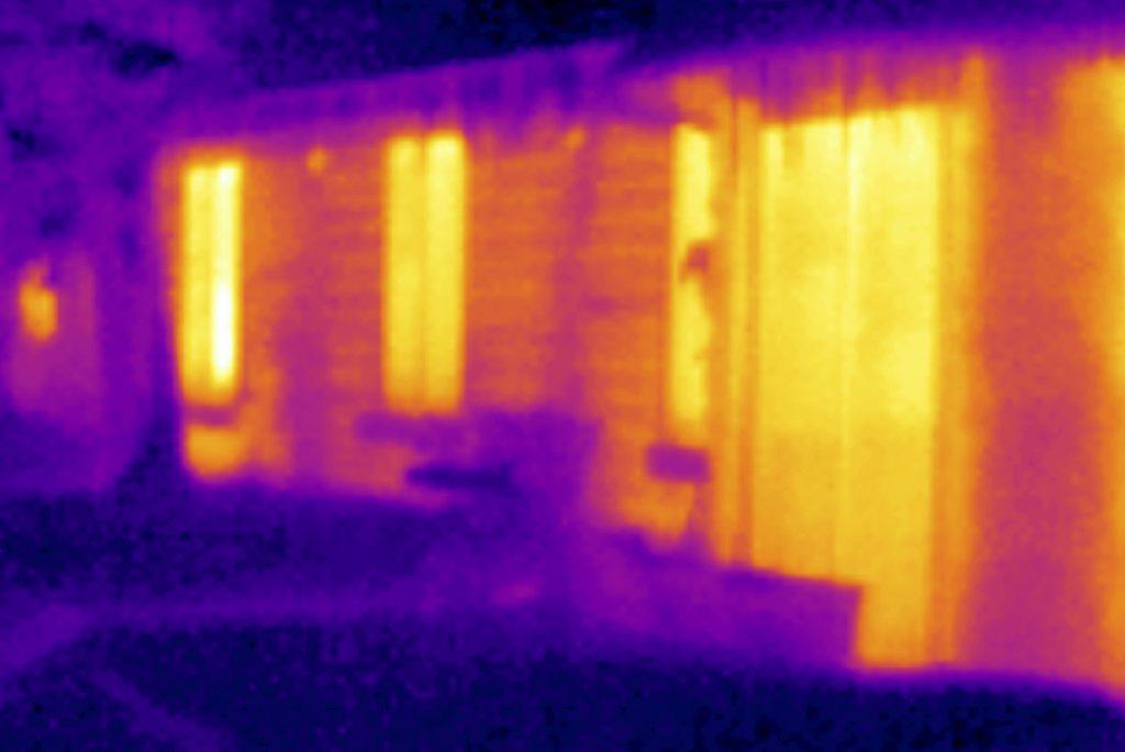 Image thermographie infrarouge, maison détection d'infiltration d'eau